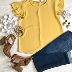 The whole outfit is cute for casual weekend wear. The whole outfit is cute for casual weekend wear. Mode Outfits, Jean Outfits, Casual Outfits, Fashion Outfits, Womens Fashion, Fashion Ideas, Fashionable Outfits, Fashion Hacks, Modest Fashion