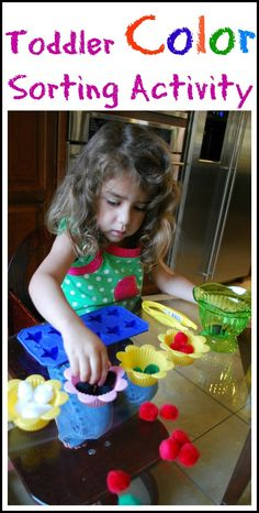 Colour Sorting Activity for Toddlers - can use cotton balls and food coloring if we don't have pom poms.