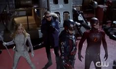 White Canary,Captain Cold,Atom and Flash