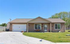 Tri-Cities: Benton City Home for Sale - 706 Saturn Avenue