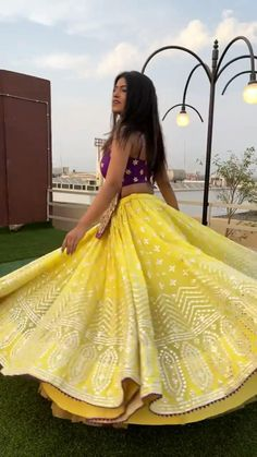 Party Wear Indian Dresses, Indian Gowns Dresses, Dress Indian Style, Indian Fashion Dresses, Indian Wedding Outfits, Indian Designer Outfits, Party Dresses, Lengha Blouse Designs, Fancy Blouse Designs