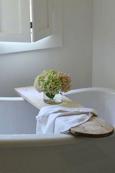 idées deco salle de bain : pont de baignoire