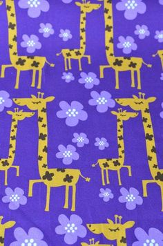 Giraffen laffen, gav blaffen i om han hadde fløte nok i kaffen. *LILLA