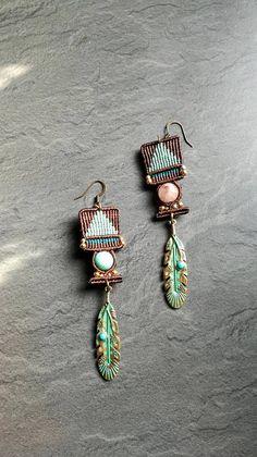 Boucles d'oreilles en macramé et pierres fines