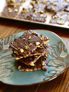 Toffee Matzo Crunch with Pistachios and Sea Salt - Delicious Passover ...