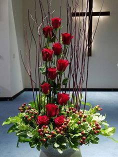 We love the way roses are used in this arrangement