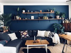 Blue wall is nordisk hav by jotun. Interior Decorating, Interior Design, Blue Walls, Scandinavian Interior, Chair Design, Interior Inspiration, Ideas Para, Sweet Home, Couch