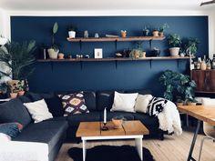Blue wall is nordisk hav by jotun. Interior Decorating, Interior Design, Blue Walls, Scandinavian Interior, Chair Design, Interior Inspiration, Sweet Home, Couch, Ideas Para