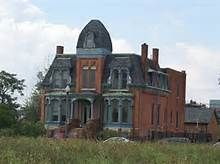 Abandoned Detroit Mansions - Bing Images I can't imagine why these places are left to decary