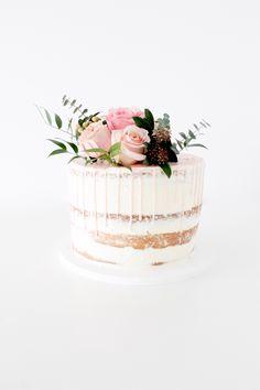 Winnipeg Wedding Shower Cake with fresh flowers Fresh Flower Cake, Fresh Flowers, Wedding Shower Cakes, Wedding Cakes, Elegant Cakes, Drip Cakes, No Bake Cake, Vanilla Cake, Babyshower