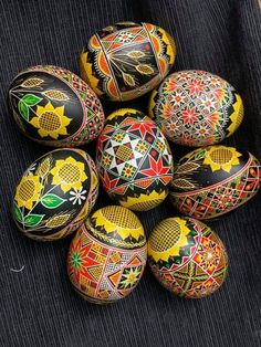 Ukrainian Easter Eggs, Diy Easter Decorations, Crafts, Ideas, Manualidades, Handmade Crafts, Craft, Thoughts, Arts And Crafts