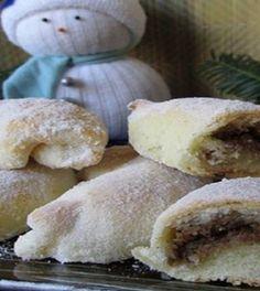 Krumplilángos receptje, amit nagymamáink még a spóron sütöttek Hungarian Desserts, Hungarian Cake, Hungarian Recipes, Baking Recipes, Cake Recipes, Greens Recipe, No Bake Desserts, Nutella, Sweet Recipes