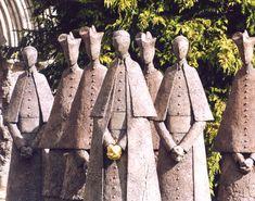Philip Jackson Sculpture : Large Works : Cloister Conspiracy : Sculptor Philip Jackson