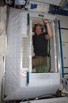 Alexander Gerst's 0.6 sqm apartment on the International Space Station.