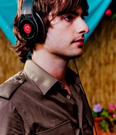 Robert Schwartzman, marry me? Rooney..