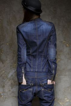 Super Cool & Chic Jean!