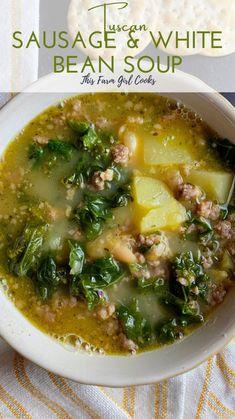 Slow Cooker Soup, Slow Cooker Recipes, Crockpot Recipes, Cooking Recipes, Healthy Recipes, Healthy White Chili Recipe, Healthy Fall Soups, Tuscan Bean Soup, White Bean Soup