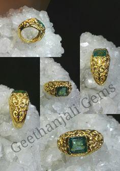 antique emerald gold ring...