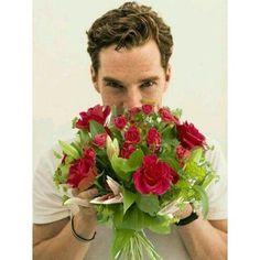 118 отметок «Нравится», 1 комментариев — Cumberbitches TÜRKİYE (@cumberbitches.tr) в Instagram: «🌸🌸🌸 #BenedictCumberbatch #Cumberbitch #CumberCollective #British #Fandom #Sherlock #Sherlocked…»