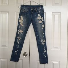 """Urban outfitters bleached Jean size tag and brand tag removed,fits 24,inseam is about 30.3"""", ❌NO TRADE‼️ Urban Outfitters Jeans"""