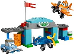 Skipper's Flight School - Lego Duplo Disney Planes