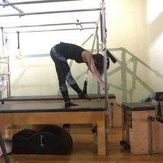 Like so many sequences this appears simple and yet the needed to keep the spring connection was intense on the abs! Pilates Reformer, Pilates Workout, Fitness Pilates, Cadillac, Pilates Tower, Grilling Gifts, Blue Springs, Great Legs, How To Make Tea