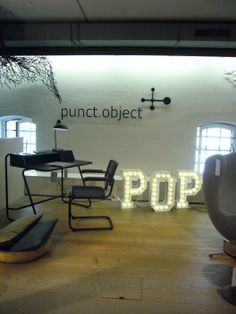Punct Object hay lup wall messing brass showroom stilwerk hamburg fischmarkt