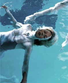 """"""" Floating, Maggie Rizer by Steven Meisel for Vogue Italia, March 1999 """" Steven Meisel, Fine Art Photography, Portrait Photography, Fashion Photography, Vogue Photo, Underwater Painting, Aesthetic People, Water Element, Underwater Photography"""
