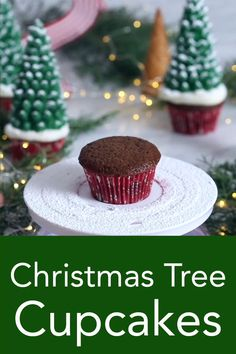 Christmas Tree Cupcakes Chocolate cupcakes from Preppy Kitchen are topped with e. - Christmas Tree Cupcakes Chocolate cupcakes from Preppy Kitchen are topped with easy to make and qui - Christmas Tree Cupcakes, Holiday Cupcakes, Christmas Snacks, Christmas Cooking, Holiday Treats, Holiday Recipes, Christmas Meal Ideas, Christmas Cupcakes Decoration, Christmas Appetizers