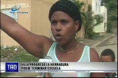 Moradores De Villa Progreso En La Herradura Reclaman El Término De Su Escuela