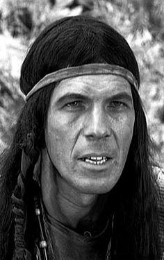 Leonard Nimoy did red-face Star Trek Actors, Star Trek Characters, Star Trek Meme, Star Wars, Leonard Nimoy, Star Trek Captains, Eartha Kitt, Red Face, Star Trek Original