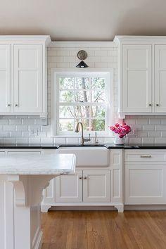 White Subway Tile Around Kitchen Window Google Search Kitchenideas Backsplash For White Cabinets Kitchen Design Kitchen Layout
