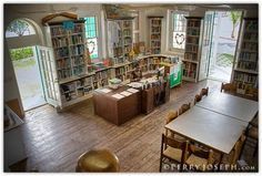 Haynes Library | Governors Harbour Eleuthera