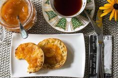 Summer ripe peaches, oranges, lemons and sugar are boiled (without pectin) to make this sweet and tangy Peach Marmalade. Great jam, little effort. Jam Recipes, Canning Recipes, Brunch Recipes, Dessert Recipes, Impressive Desserts, Easy Desserts, Lemon Jam, Oatmeal Squares, Peach Preserves