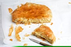 Upside-down tyropita (cheese pie with phillo) Greek Sweets, Savory Muffins, Cheese Pies, Food Categories, Greek Recipes, Family Meals, Feta, Food And Drink, Appetizers