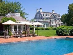 Images of pool houses and tennis pavilions for a stylish home. Enjoy this collection of inspiring photos...