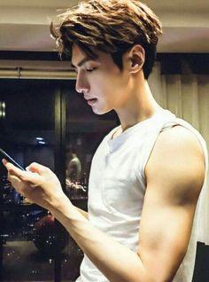 Hot Korean Guys, Cute Korean, Korean Men, Asian Men Hairstyle, Asian Hair, Song Wei Long, Chinese Man, Asian Actors, Kpop