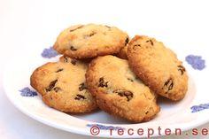 Havrekakor med russin - Goda havrekakor med russin. Ett enkelt recept som går snabbt och ger goda kakor!