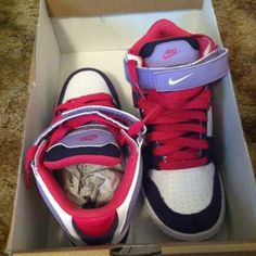 BRAND NEW NEVER BEEN WORN NIKE YOUTH Make me an offer!! Brand new!! :) The purple is suede the rest of the shoe is leather. They are a youth size 4. Nike Shoes