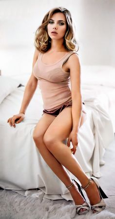 Scarlett Johansson #woman #crush #girl