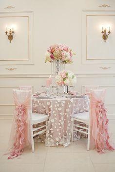 Decoración sillas :: Voliè, ideal para #bodas #eventos especiales como cenas románticas #sanvalentín...