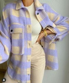 casual outfits for school / casual outfits . casual outfits for winter . casual outfits for women . casual outfits for work . casual outfits for school . Legging Outfits, Cute Casual Outfits, Retro Outfits, Purple Outfits, Grunge Outfits, Classy School Outfits, Stylish Outfits, Classy Outfits For Teens, Cute Vintage Outfits