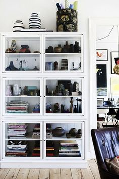 Find cheap affordable glass shelves styled for your home Bookcase With Glass Doors, Glass Cabinet Doors, Glass Shelves, White Cabinet, Beautiful Interior Design, Home Interior Design, Luxury Interior, Inside A House, Dining Room Storage