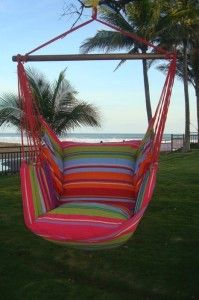 Roze hangstoel