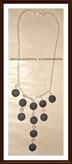 e04460970ea9 Collar Circulos de Caucho by Escolastica Tejidos y Bisuteria