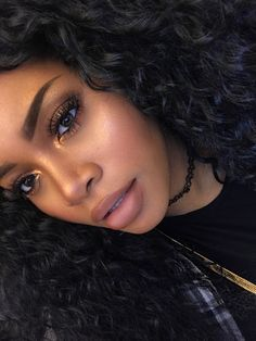 makeup black – Hair and beauty tips, tricks and tutorials Girls Makeup, Love Makeup, Beauty Makeup, Makeup Looks, Hair Beauty, Makeup Ideas, Makeup Tutorials, Makeup For Black Dress, Black Woman Makeup