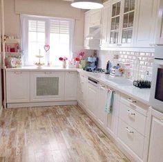 White House Theme - Wet & Dry Kitchen Interior Design ...