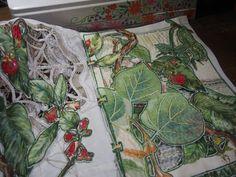 Le jardin dans le livre - Nadine Levé - Journal textile Fabric Journals, Fabric Books, Art Fil, Thread Art, Textiles, Paper Models, Botanical Prints, Textile Art, Fiber Art