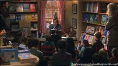 The Shop Around the Corner Bookstore in You've Got Mail | http://betweennapsontheporch.net/the-shop-around-the-corner-bookstore-in-movie-youve-got-mail/