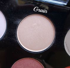 Our beauty wonderland: MAC Pro Eyeshadow Palette & Our Choices!